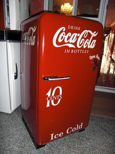 neu k hlschrank coca cola hadley carolyn blog. Black Bedroom Furniture Sets. Home Design Ideas
